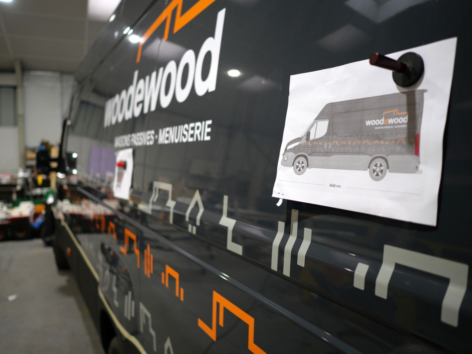 '.Atelier de Concarneau numérique, habillage des véhicules pour Woodewood.'